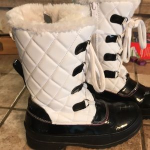 a33968800c1b5 Totes Shoes - Kids Winter snow Boots